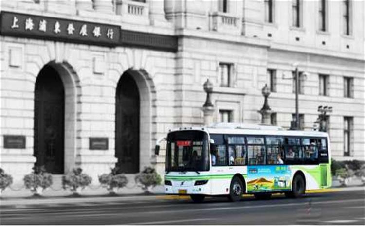 公交车传媒广告